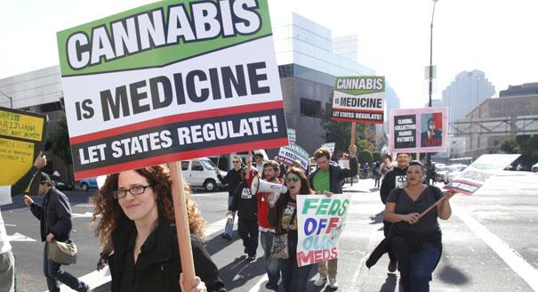 111118_pot_legalize_ap_328